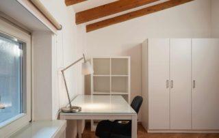 STUDIOSUITE_stanza singola 6_scrivania-armadio_piano 4